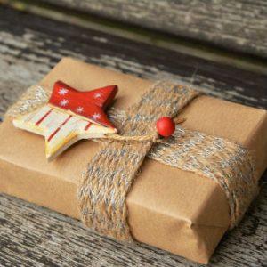 gift-1760869_1280-1